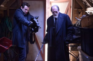 """The Strain Preview: """"Runaways"""" [VIDEO and PHOTOS]"""