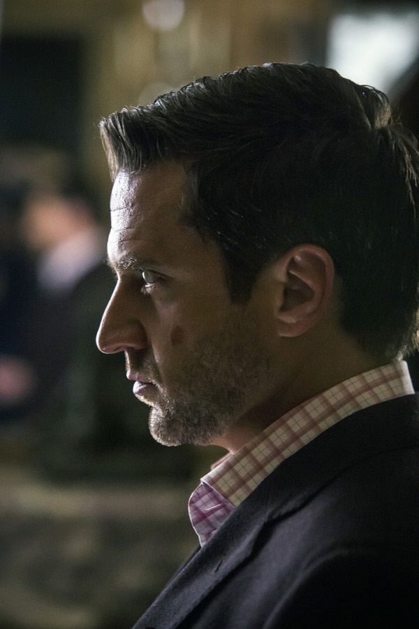 "HANNIBAL -- ""Aperitivo"" Episode 304 -- Pictured: Raul Esparza as Dr. Chilton -- (Photo by: Brooke Palmer/NBC)"