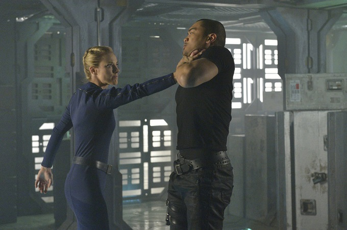 """DARK MATTER -- """"Episode One"""" Episode 101 -- Pictured: (l-r) Zoie Palmer as The Android, Alex Mallari Jr. as Four -- (Photo by: Ben Mark Holzberg/Syfy)"""
