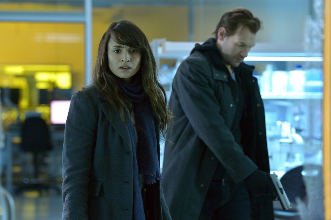 "THE STRAIN -- ""BK, NY"" -- Episode 201 (Airs July 12, 10:00 pm e/p) Pictured: (l-r) Mia Maestro as Nora Martinez, Corey Stoll as Ephraim Goodweather.  CR: Michael Gibson/FX"