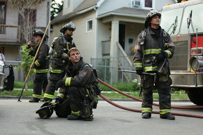 chicago fire episode 2015