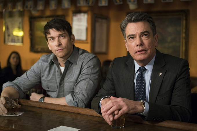 "LAW & ORDER: SPECIAL VICTIMS UNIT -- ""Collateral Damages"" Episode 1715 -- Pictured: (l-r) Andy Karl as Sgt. Mike Dodds, Peter Gallagher as Deputy Chief Williams Dodds -- (Photo by: Michael Parmelee/NBC)"