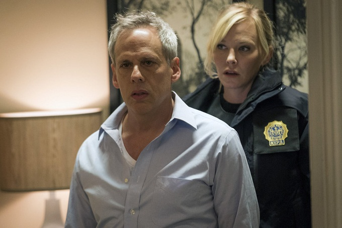 "LAW & ORDER: SPECIAL VICTIMS UNIT -- ""Collateral Damages"" Episode 1715 -- Pictured: (l-r) Josh Pais as DCPI Hank Abraham, Kelli Giddish as Detective Amanda Rollins -- (Photo by: Michael Parmelee/NBC)"
