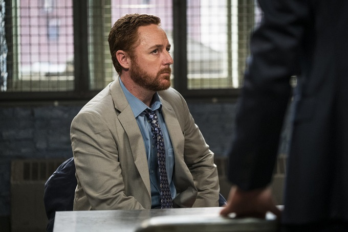 """LAW & ORDER: SPECIAL VICTIMS UNIT -- """"Sheltered Outcasts"""" Episode 1719 -- Pictured: Scott Grimes as Counselor Tom Zimmerman -- (Photo by: Michael Parmelee/NBC)"""