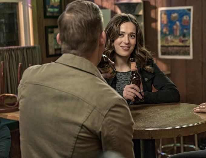 "CHICAGO P.D. -- ""In a Duffel Bag"" Episode 320 -- Pictured: (l-r) Brian Gereghty as Officer Sean Roman, Marina Squerciati as Officer Kim Burgess -- (Photo by: Matt Dinerstein/NBC)"