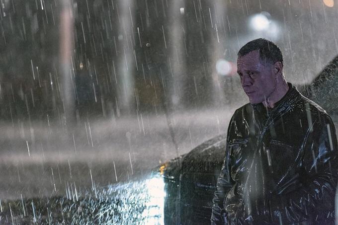 "CHICAGO P.D. -- ""Start Digging"" Episode 323 -- Pictured: Jason Beghe as Sgt. Hank Voight -- (Photo by: Matt Dinerstein/NBC)"