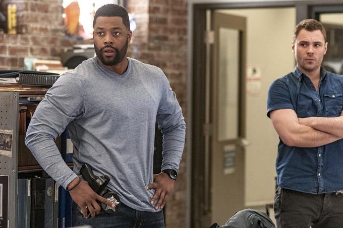 "CHICAGO P.D. -- ""Start Digging"" Episode 323 -- Pictured: (l-r) LaRoyce Hawkins as Officer Kevin Atwater, Patrick John Flueger as Officer Adam Ruzek -- (Photo by: Matt Dinerstein/NBC)"