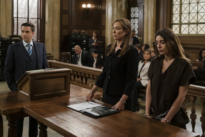"""LAW & ORDER: SPECIAL VICTIMS UNIT -- """"Terrorized"""" Episode 1801 -- Pictured: (l-r) Raul Esparza as A.D.A. Rafael Barba, Elizabeth Marvel as Counselor Rita Calhoun, Natia Dune as Ana Kapic -- (Photo by: Michael Parmelee/NBC)"""