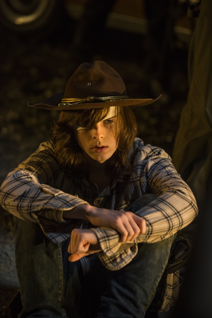 >>> NOT TO BE USED UNTIL 10/24/16 at 1:00 AM EST <<< Chandler Riggs as Carl Grimes - The Walking Dead _ Season 7, Episode 1 - Photo Credit: Gene Page/AMC