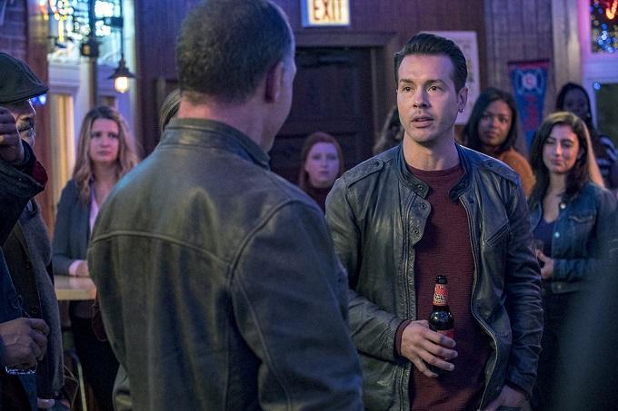"""CHICAGO P.D. -- """"A Shot Heard Around The World"""" Episode 408 -- Pictured: Jon Seda as Antonio Dawson -- (Photo by: Matt Dinerstein/NBC)"""