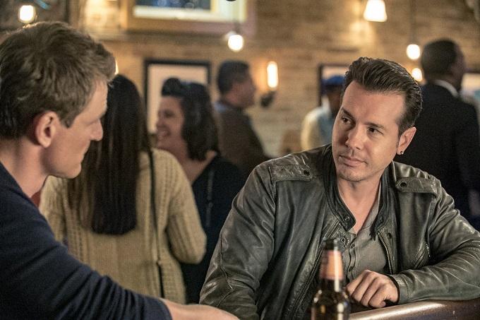 """CHICAGO P.D. -- """"300,000 Likes"""" Episode 407 -- Pictured: Jon Seda as Antonio Dawson -- (Photo by: Matt Dinerstein/NBC)"""