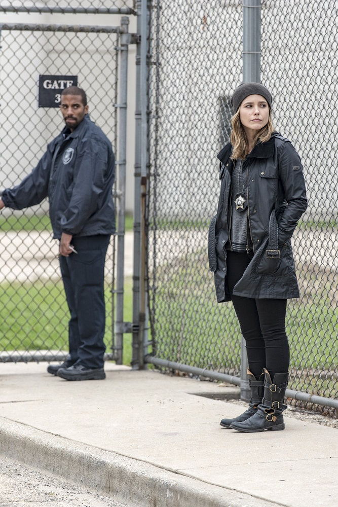 """CHICAGO P.D. -- """"Don't Bury The Case"""" Episode 409 -- Pictured: Sophia Bush as Erin Lindsay -- (Photo by: Matt Dinerstein/NBC)"""