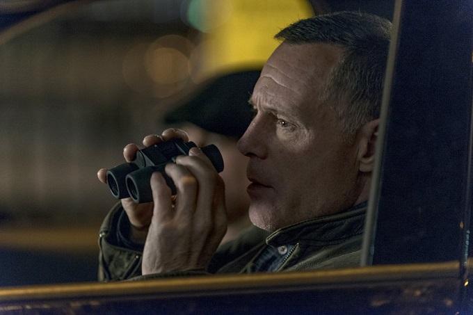 "CHICAGO P.D. -- ""Don't Bury The Case"" Episode 409 -- Pictured: Jason Beghe as Hank Voight -- (Photo by: Matt Dinerstein/NBC)"