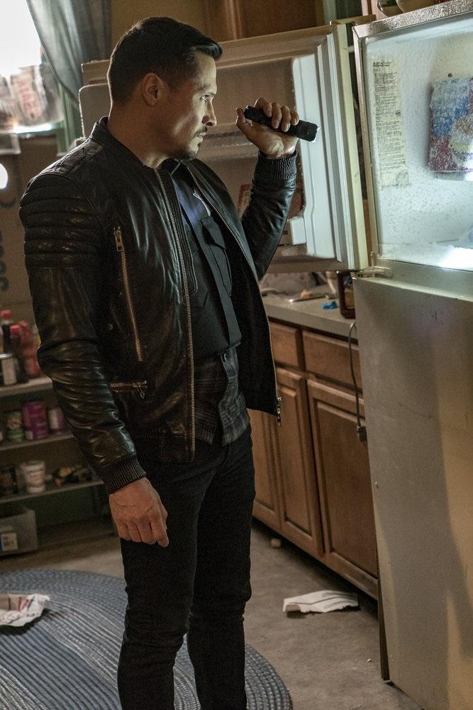 """CHICAGO P.D. -- """"Sanctuary"""" Episode 412 -- Pictured: Nick Wechsler as Kenny Rixton -- (Photo by: Matt Dinerstein/NBC)"""