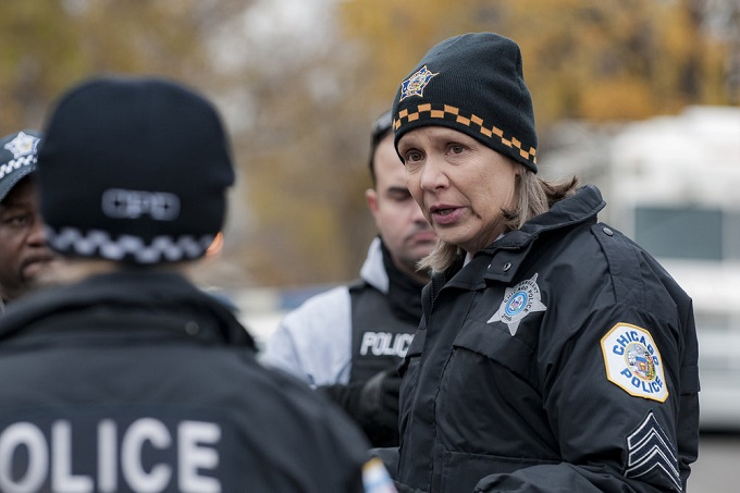 "CHICAGO P.D. -- ""Sanctuary"" Episode 412 -- Pictured: Amy Morton as Trudy Platt -- (Photo by: Matt Dinerstein/NBC)"