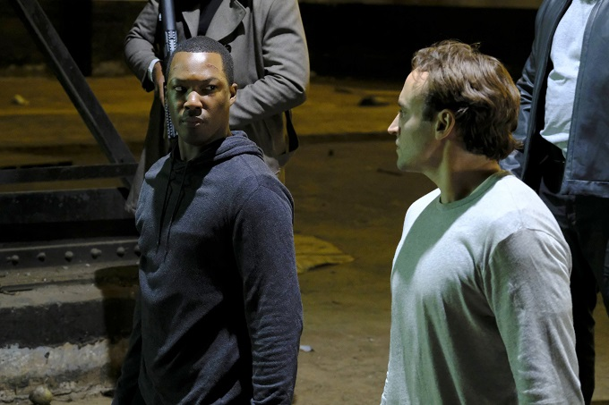 24: LEGACY: L-R: Corey Hawkins and Charlie Hofheimer in the 4:00 PM-5:00 PMÓ episode of 24: LEGACY airing Monday, Feb. 27 (8:00-9:01 PM ET/PT) on FOX. ©2017 Fox Broadcasting Co. Cr: Guy D'Alema/FOX