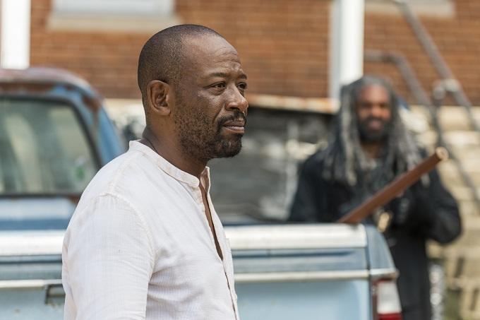 Lennie James as Morgan Jones, Khary Payton as Ezekiel- The Walking Dead _ Season 7, Episode 10 - Photo Credit: Gene Page/AMC
