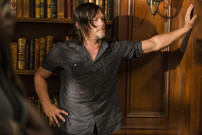 Norman Reedus as Daryl Dixon - The Walking Dead _ Season 7, Episode 9 - Photo Credit: Gene Page/AMC