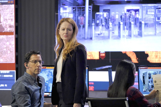 "24: LEGACY: L-R: Dan Bucatinsky and Miranda Otto in the ""3:00 PM-4:00 PM"" episode of 24: LEGACY airing Monday, Feb. 20 (8:00-9:01 PM ET/PT) on FOX. ©2017 Fox Broadcasting Co. Cr: Guy D'Alema/FOX"