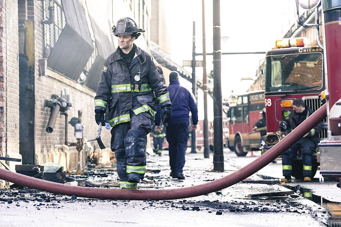 "CHICAGO FIRE -- ""Deathtrap"" Episode 516 -- Pictured: Jesse Spencer as Kelly Severide -- (Photo by: Elizabeth Morris/NBC)"