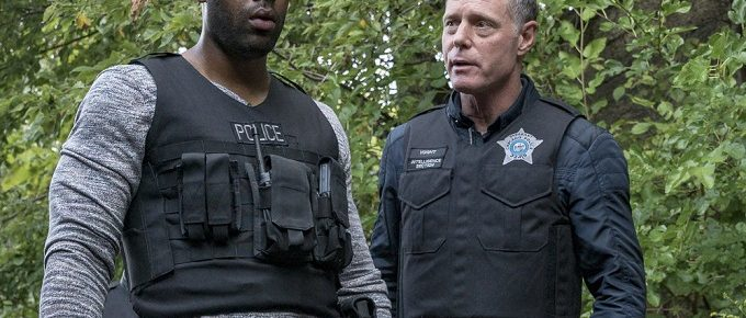 "Chicago P.D. Preview: ""Snitch"" [Photos + Video]"